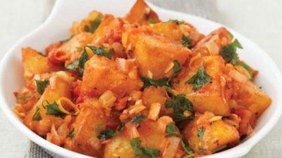 Patatas bravas met pittige tomatensaus