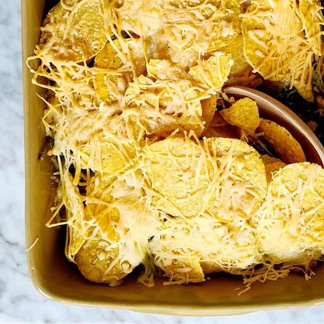 Andijvie nacho ovenschotel maken
