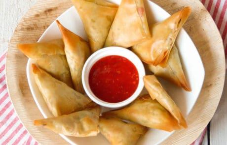 Driehoekjes met paprika en witte kaas