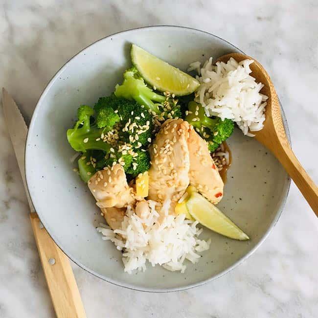 Gepocheerde kip met broccoli recept