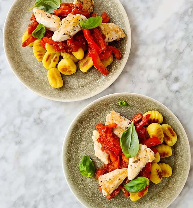 Gnocchi met paprika tomatensaus simpel recept
