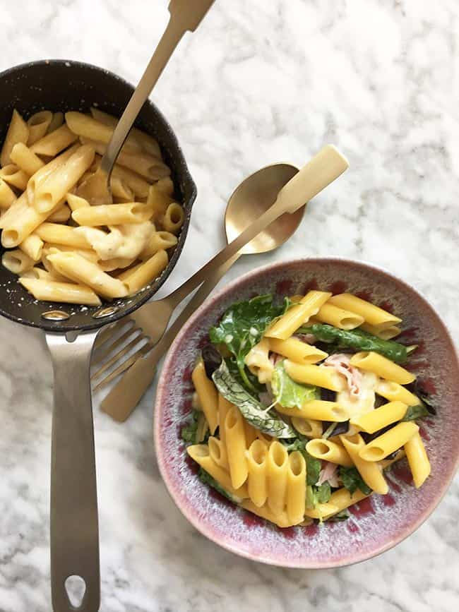Macaroni met kaas ham en rucola simpel recept