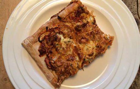 Pizza met tonijn en courgette recept