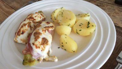 Witlof met port salut en aardappeltjes