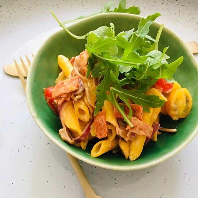 Pasta met chorizo en rooomsaus recept