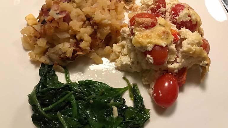 Tomaten-kaas ovengerecht met spinazie
