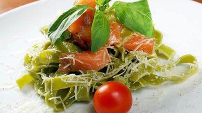 pastasalade met zalm