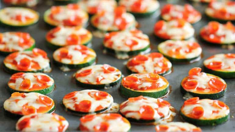 Courgette mini-pizza's