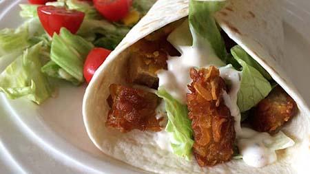 Wraps met krokante kip recept