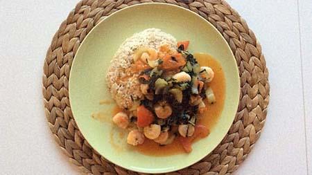Zoete chili garnalen met kokosrijst