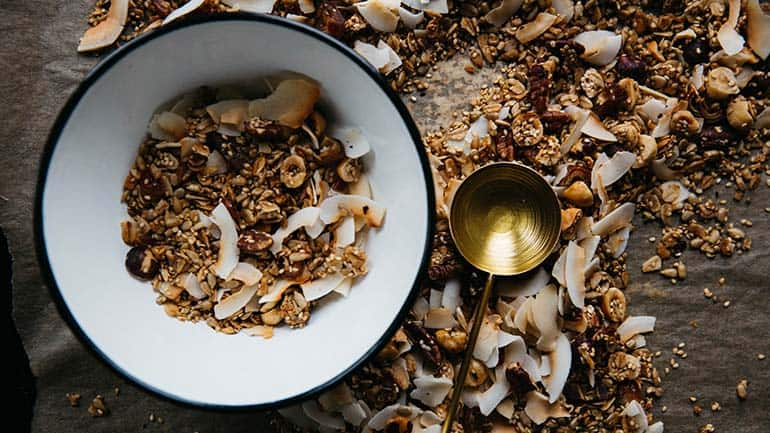 Zelf granola maken met kokos