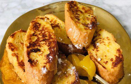 Wentelteefjes maken van stokbrood