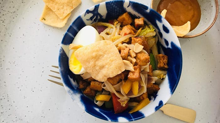 Bami met vegetarisch tofu