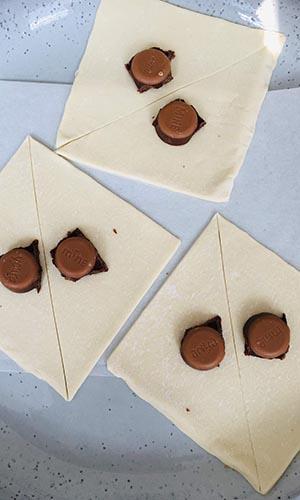 Croissant paashaas met chocolade foto 1