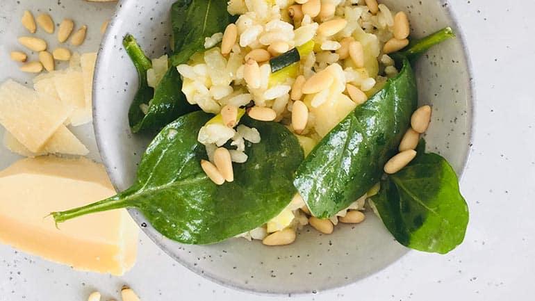 Risotto met groente, spinazie en Grana Padano