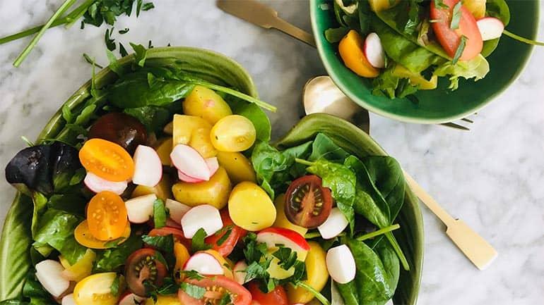 Radijs salade en nieuwe aardappeltjes