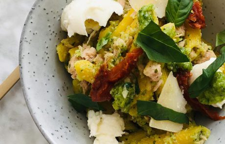 Pasta met tonijn en pesto recept