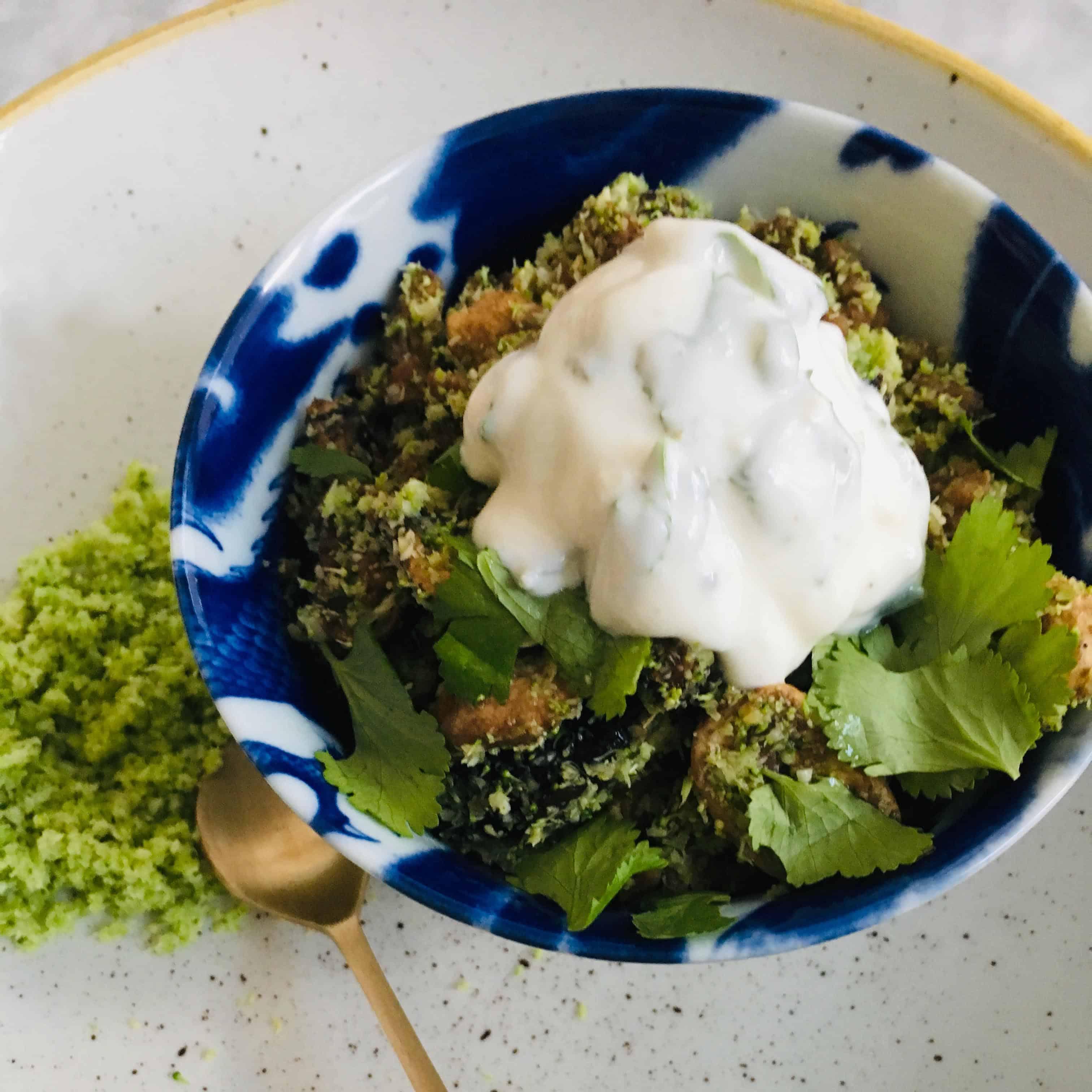 Broccolirijst met gehakt en champignons recept