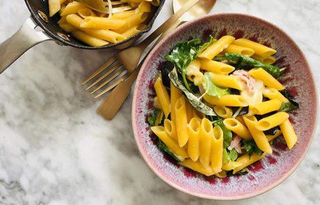 Macaroni met kaas ham en rucola recept
