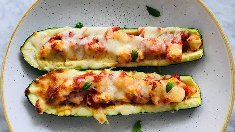 Pizza van courgette en chorizo