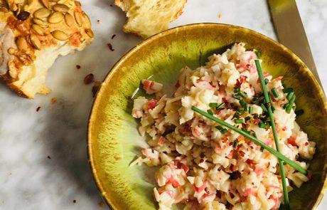 Krabsalade maken met surimi simpel recept