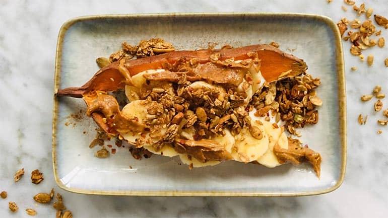 Ontbijt met zoete aardappel