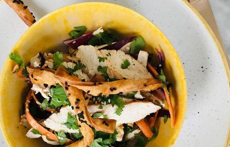 Salade van kalkoen koriander en sesam recept