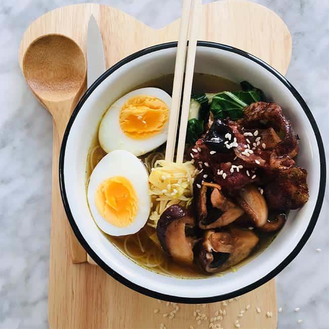 Ramen soep met spek en ei simpel recept