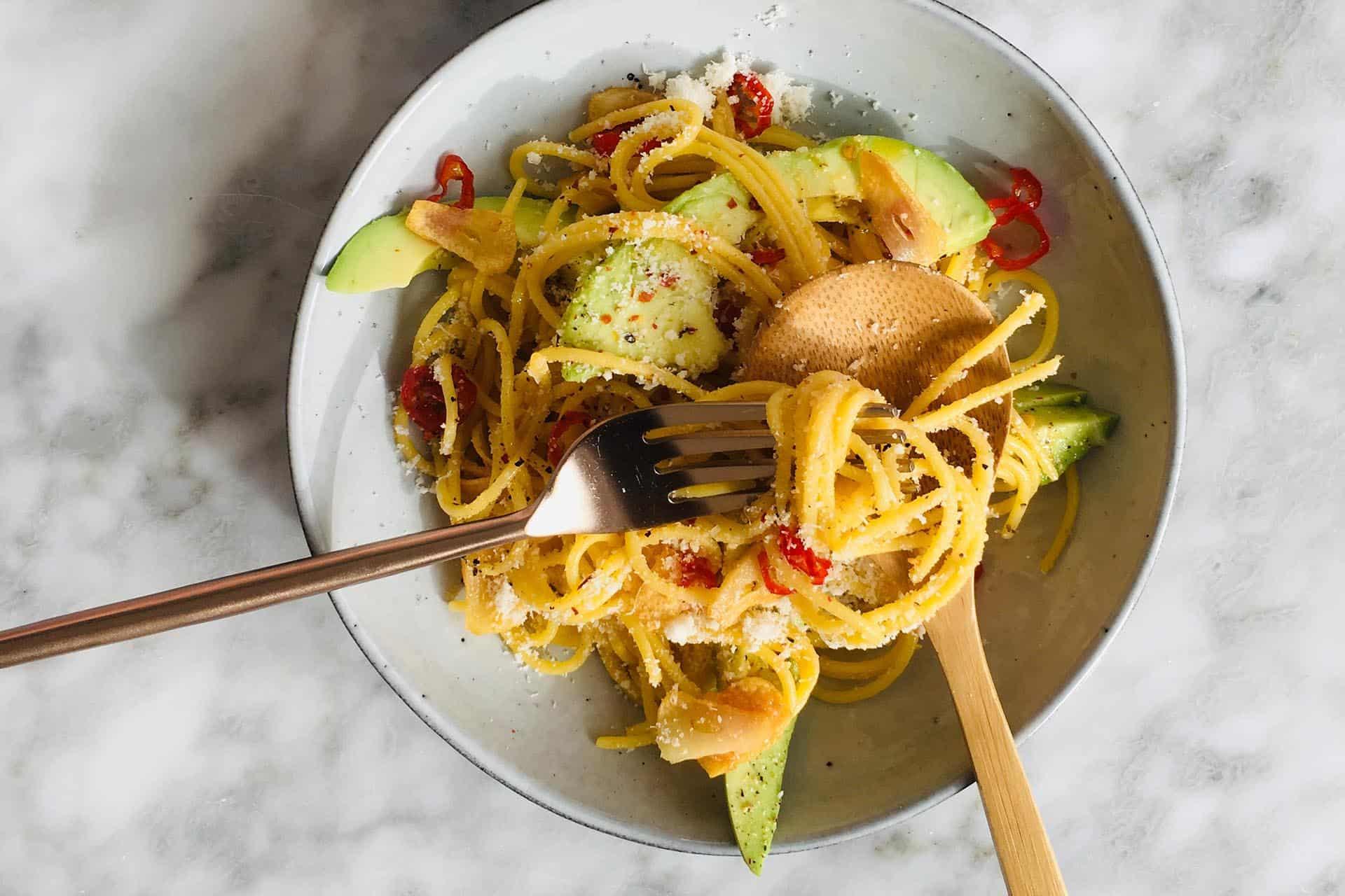 Spaghetti aglio olio met rode peper