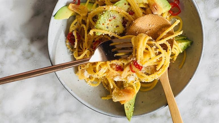 Spaghetti aglio olio rode peper recept