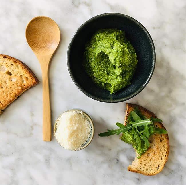 Rucola pesto maken simpel recept