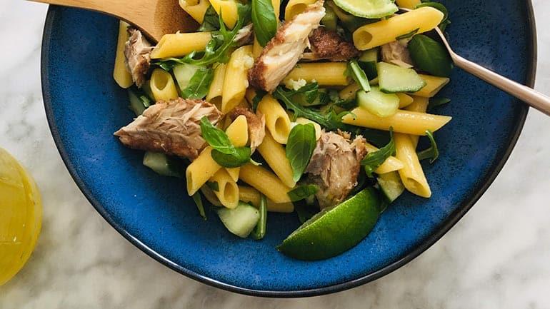 Salade van gerookte forel en citroen
