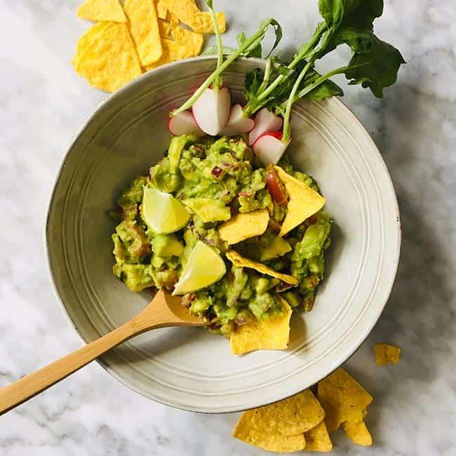 Doperwten guacamole simpel recept