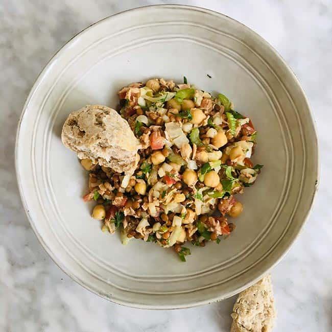 Salade met tonijn en linzen recept