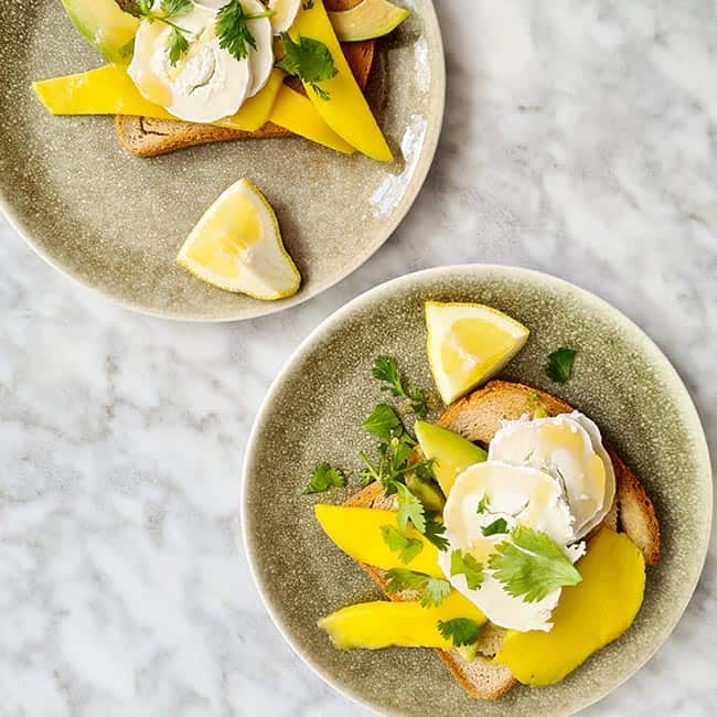 Toast met mango en geitenkaas simpel recept