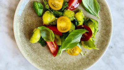 Gnocchi met zelfgemaakte pesto recept