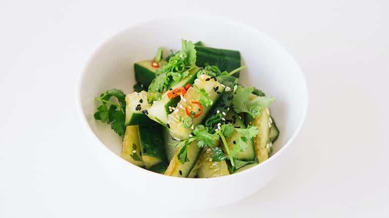 Kokommer salade maak je zo