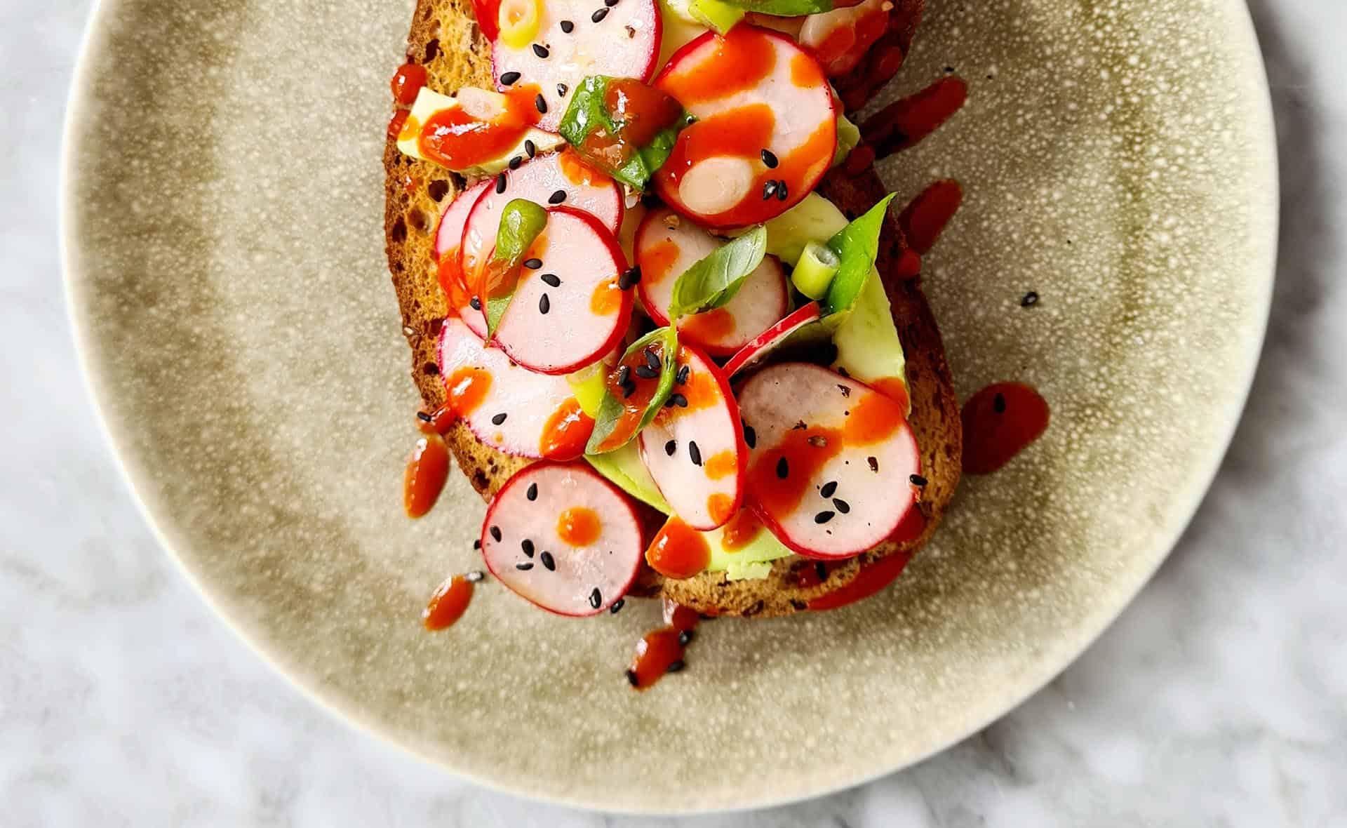 Crostini met tomaat