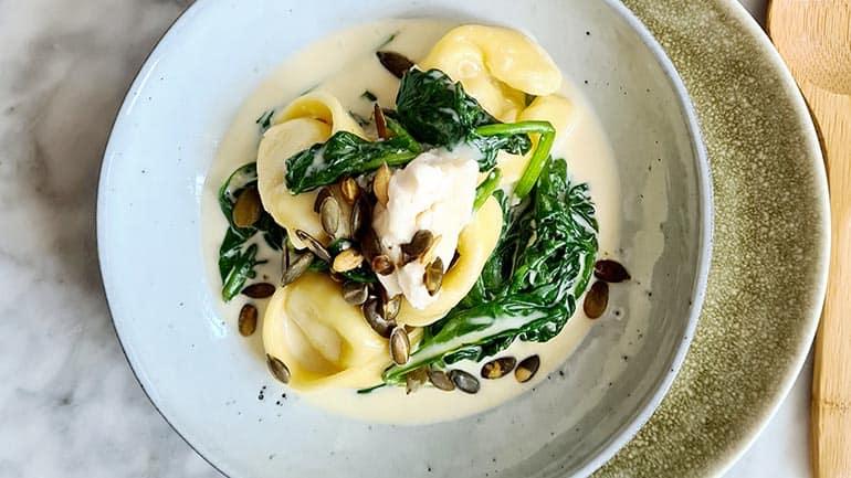 Tortellini spinazie en gorgonzola recept