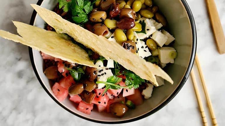 Rijstsalade bowl met watermeloen en feta recept