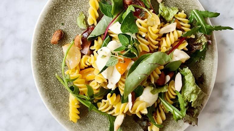 Simpele pastasalade recept