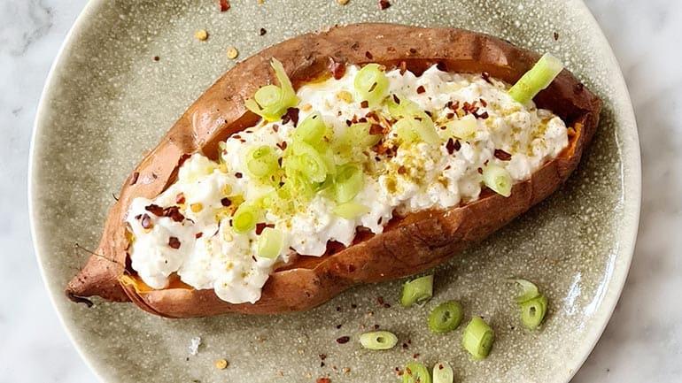 Zoete aardappel met Hüttenkäse