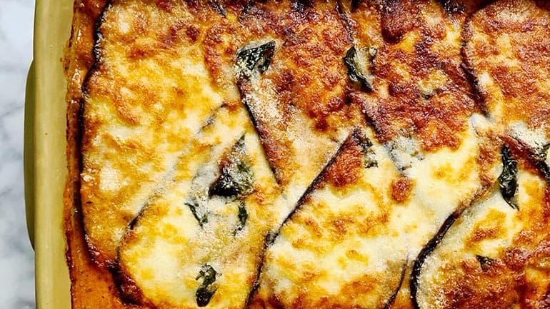 Italiaanse aubergine parmigiana