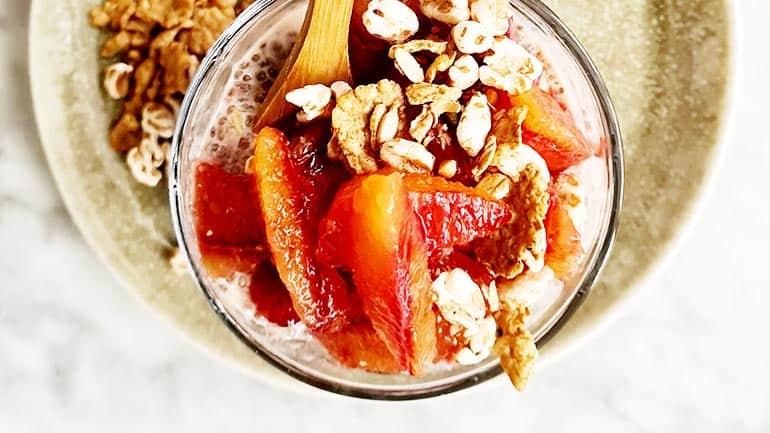 Chiapudding met bloedsinaasappel maken
