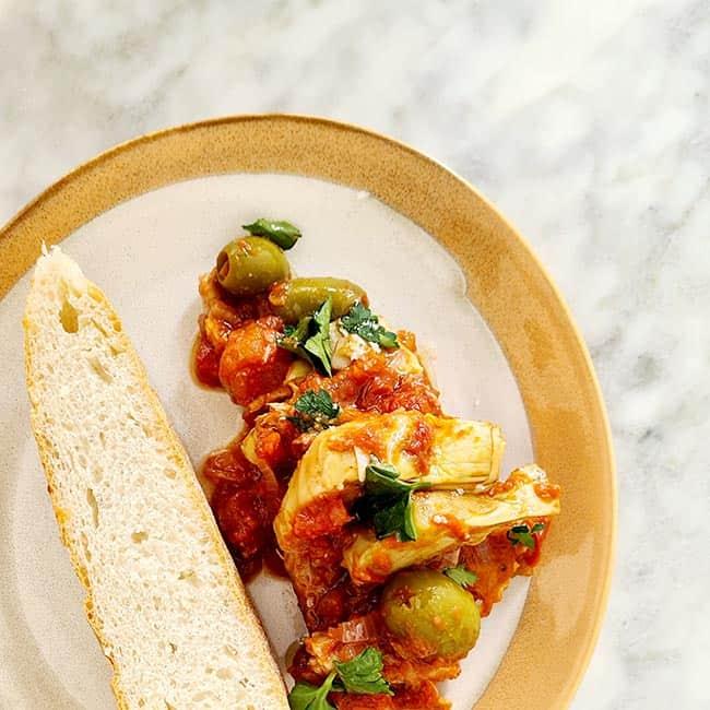 Tajine met kip tomaat limoen en olijf