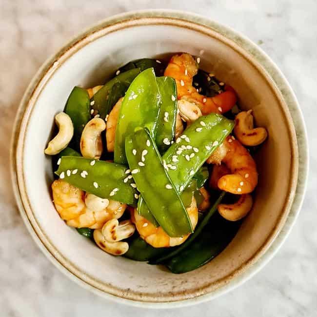 Garnalen met peultjes en cashews